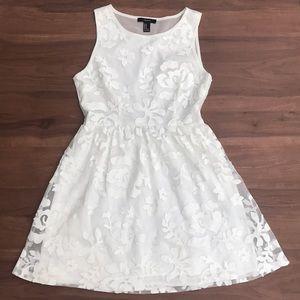 Forever 21 White Floral Dress - M